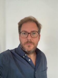 Dr. Alex Löwy - Otorrino infantil